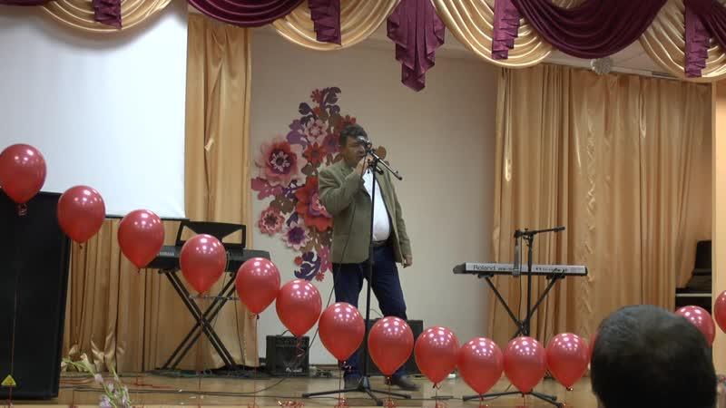 день учителя с Ленинск