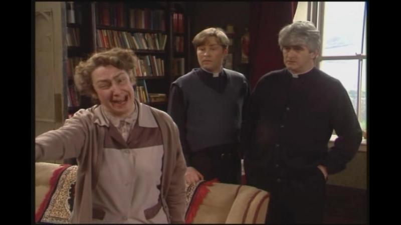 Приезжает кумир миссис Доел и облом Теда.(Отрывок из сериала Отец Тед).