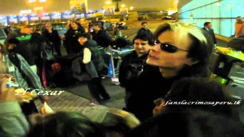 Llegada de Lacrimosa a Lima Perú 03 10 10 HD