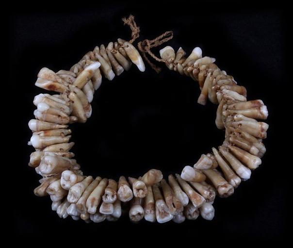 Ожерелье из 138 человеческих зубов. Остров Фиджи, 16-19 вв.