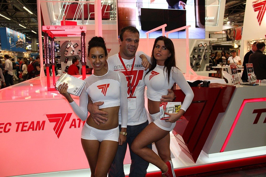 Denis Cyplenkov and the beautiful girls from FIBO POWER 2013
