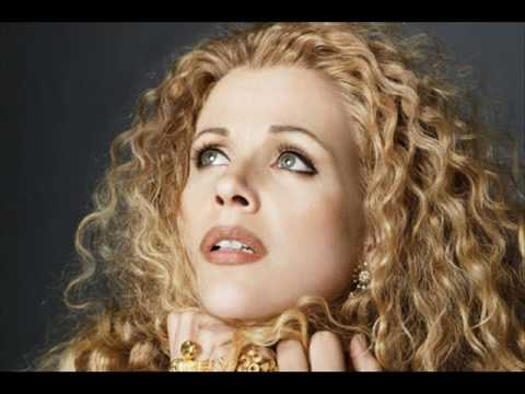 Renee fleming - Vissi d'arte from Tosca