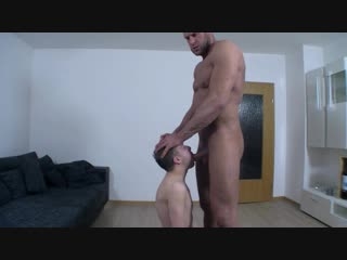Гей секс порно огромный мужик жестко трахает разных парней  gay porn big dick muscles hardcore sex giant master