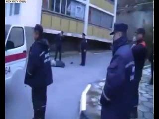 реальный суицид в Балаклаве снятый очевидцами