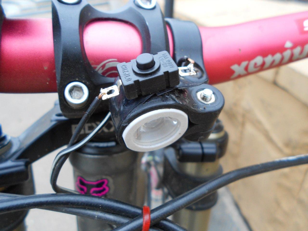 Как сделать фонарики для велосипеда своими руками 76