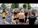 ЛГБТ движение накатывает за гей парад