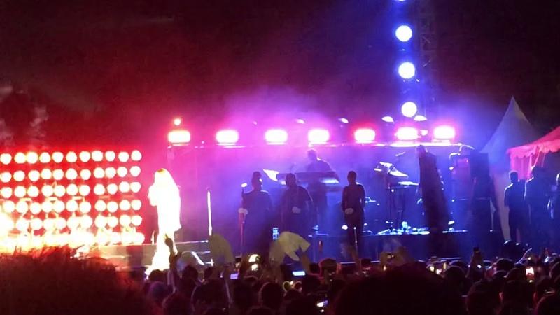 Mariah Carey Borobudur - Don't Forget About Us