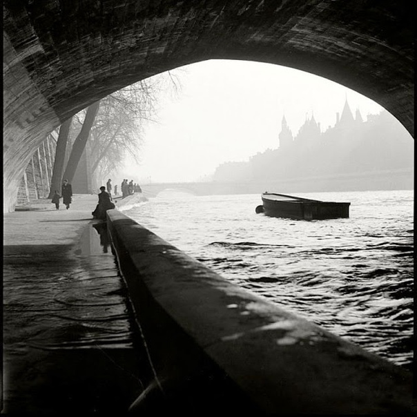 Фото романтического Парижа.