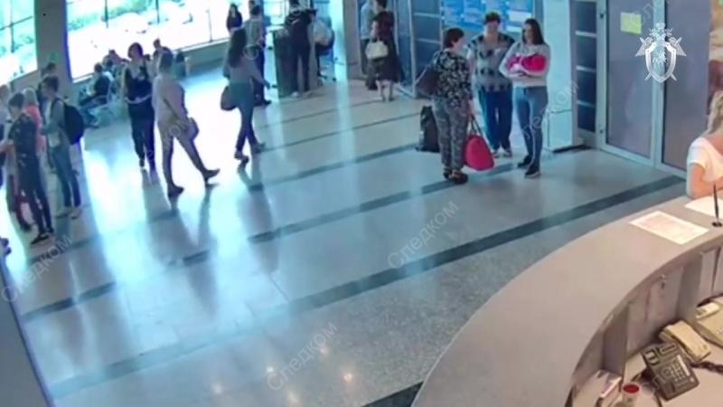 Жительница Омска продала новорожденного ребенка учительнице из СПБ за три тысячи рублей. Клиентку на товар она нашла через соц