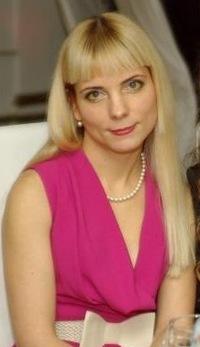Анна Макина