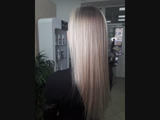 Ставьте лайк если реально нравится такое преображение. Техника от @igorkhonin стрижка на длинные волосы ВРЕМЯ : 4 ч ЧЕК : 6900