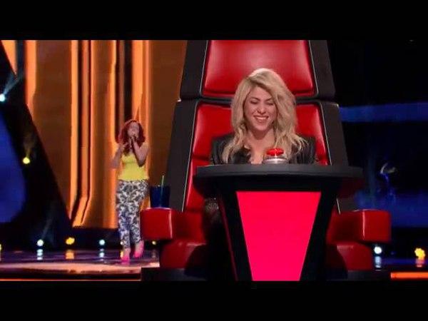 La cara de Shakira al escuchar su canción 'Loca' The Voice Highlight