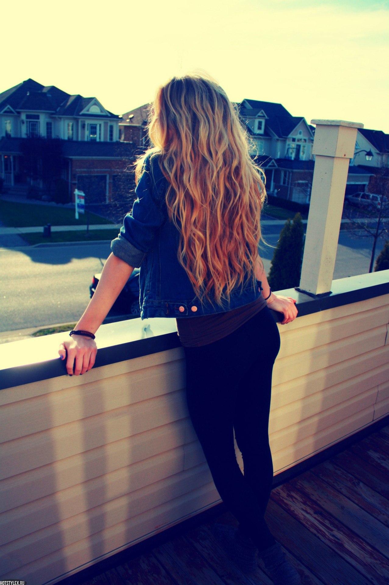 Фото девушек русых волос со спины 1 фотография