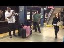 Музыканты в метро Нью-Йорка