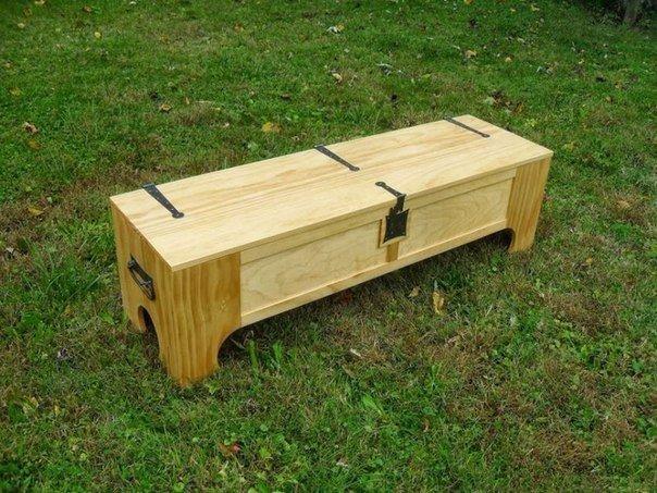 Ящик превращается… в кровать. (7 фото)