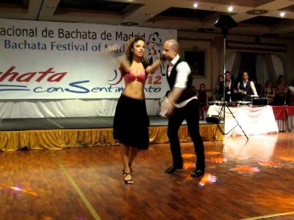 ATACA y LA ALEMANA Show Baby Baby en Bachata con Sentimiento 2012