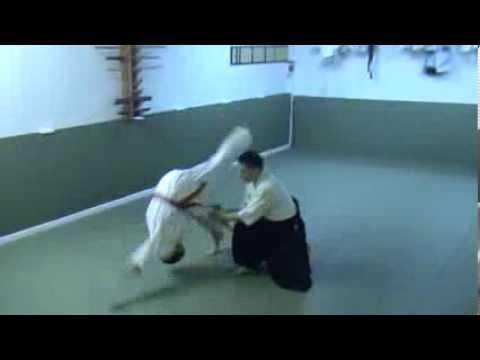 Айкидо Ёсинкан Дасэйкан Додзё (合気道 短刀捕り 自由技) - Aikido Yoshinkan tantodori jiuwaza in Daseikan dojo