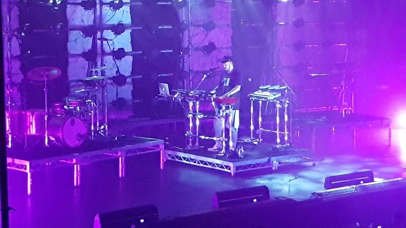 Mike Shinoda Numb 31 08 2018 Весь зал поёт