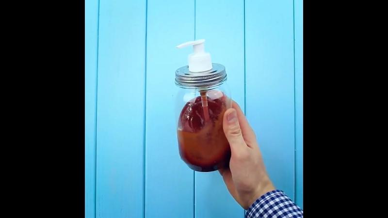 Как сделать удобную банку для хранения соусов своими руками за 1 минуту!