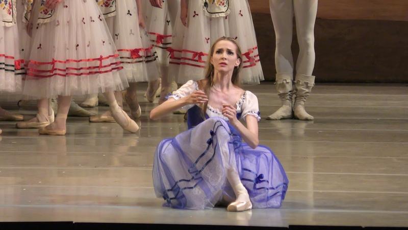 Алина Сомова в балете Жизель, сцена безумия