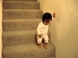 Лестница большая, а я маленький