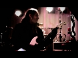 Red Dragon Cartel - Shout It Out (Jake E. Lee)