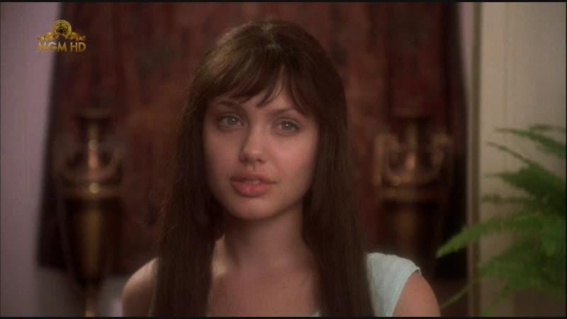 Анджелина Джоли в фильме Итальянские любовники 1996