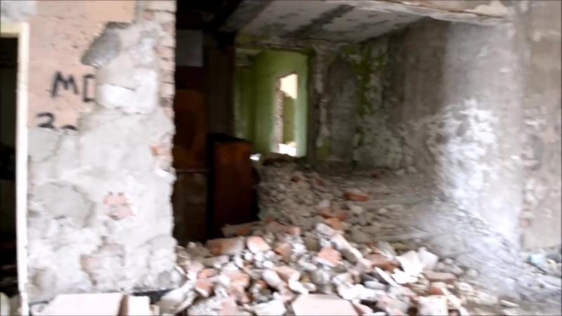 разбитый и разграбленный завод