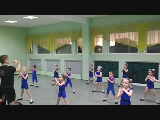 Подготовительная гр. 1. Контрольный урок по акробатике
