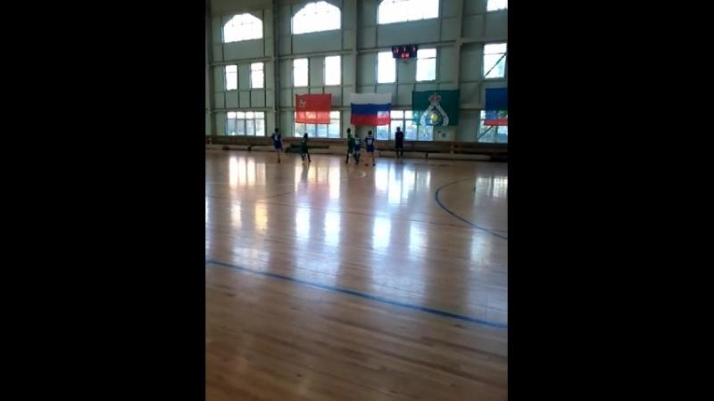 Турнир в Петрово-Дальнем 12.10.2018 год.Играют дети 2007-2008 год