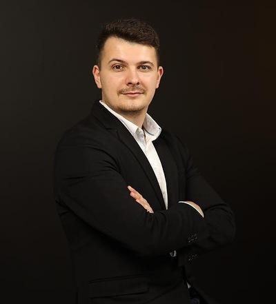 Игорь Шеховцов