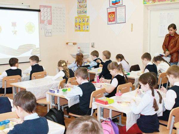 В школе Савеловского района провели урок мужества