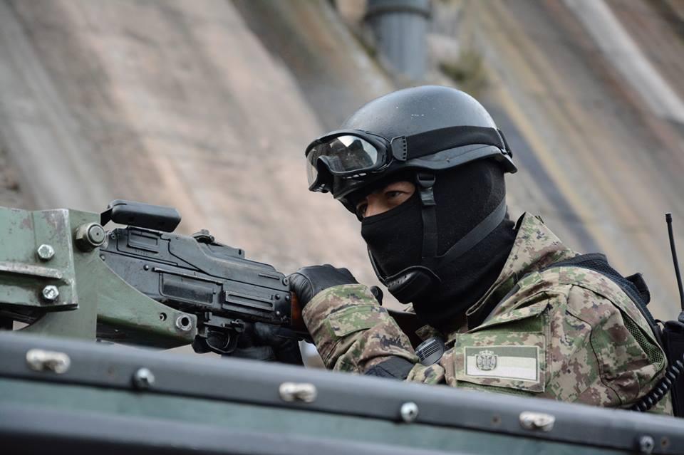 Armée Serbe / Vojska Srbije / Serbian Armed Forces - Page 3 _0hobtW5WIE