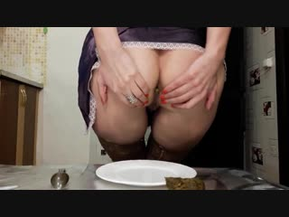 Scatlina - my shitty breakfast [scat, poop, shit eating, smearing, stockings, solo] {qsrvid.90280}