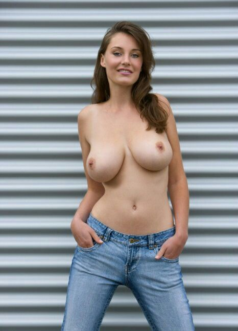 Free nude mpeg clips