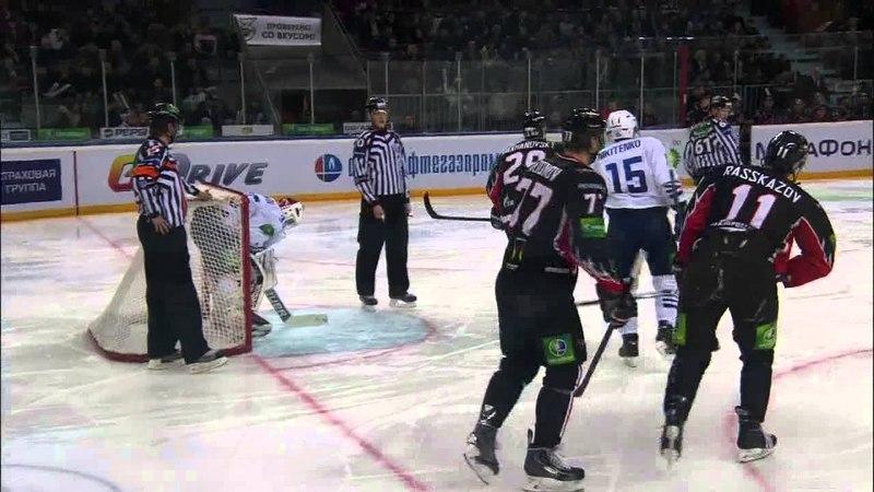 Великолепный сэйв Евгения Иванникова Ivannikovs fantastic stick save on the goal line