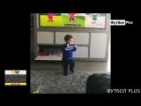 Сын Месси Матео танцует