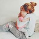 Женщиной стоило родиться уже для того, чтобы услышать заветные слова: Мама, мамуля…