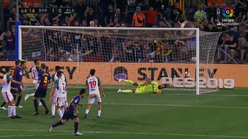 Лео Месси забивает 6000-й гол Барселоны в Ла Лиге