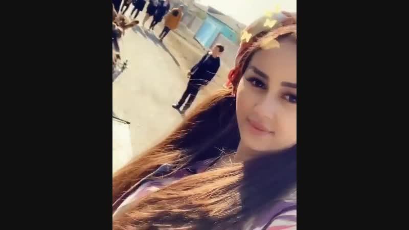 Админ, ара-тұра өзбек қызларын да шығарып тұрсай. Түркістан облысы, Сайрам ауданында тұрам.