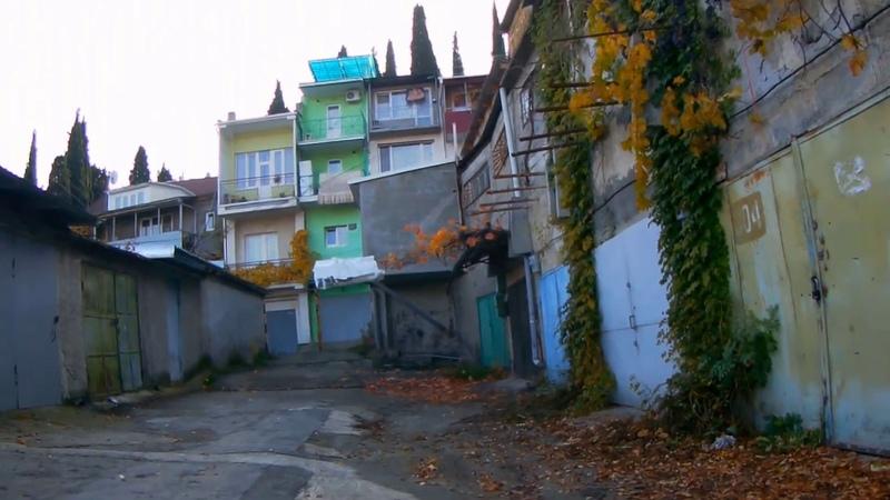 Как живут местные Жилые гаражи Особый район Алушты