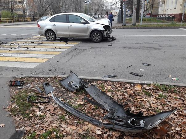 Утром 3 ноября на северо-востоке столицы произошло ДТП. На перекрёстке улиц Менжинского и Коминтерна...