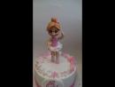 торт с маленькой балериной