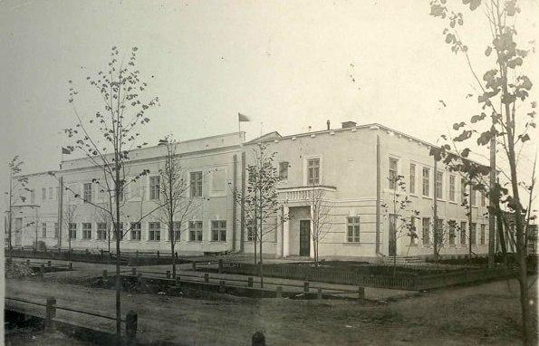 Здание детского сада  «дворца ребенка» завода №19. 1936 г.