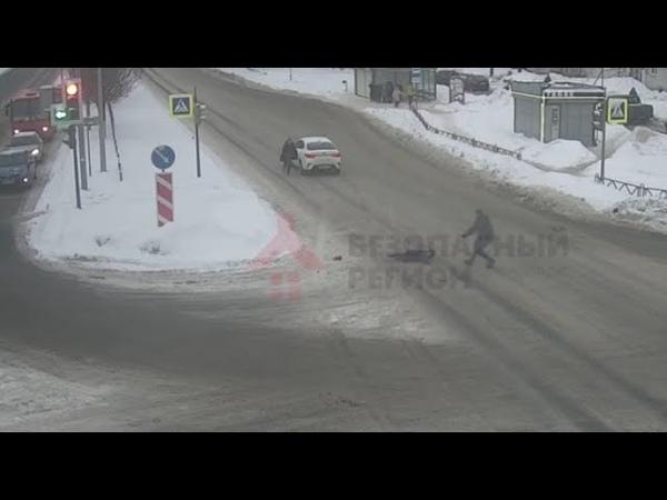 ДТП на перекрестке проспекта ФрунзеСветлая (14 02 19)