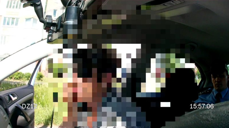 Преподавательница автошколы пыталась дать взятку сотрудникам ГАИ: 50 рублей и талон на топливо