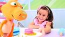 Play Doh yemek yapma oyunu Dinozor için çilekli pancake