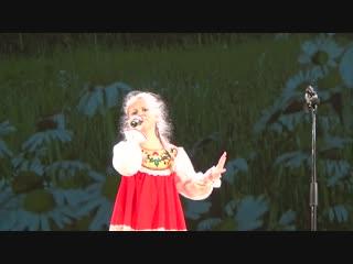 Полина Ковальская с песней