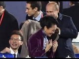 Путин накинул плед на плечи первой леди Китая Пэн Лиюань!