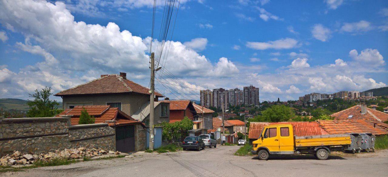Прогулки по пятницам в Болгарии. Радомир - колыбель бозы